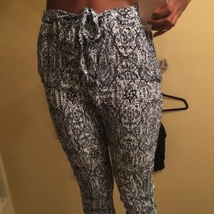 Pants - Jogger style patterned pant